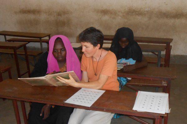 Cécile à l'école au Tchad